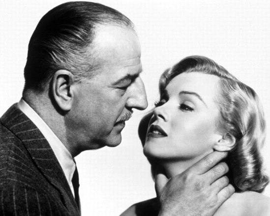 Asphalt Jungle, The (1950) - S 10 - Louis Calhern y Marilyn Monroe
